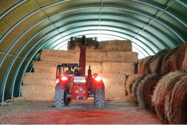 Serres jrc est le sp cialiste de la serre plastique for Abri de stockage agricole