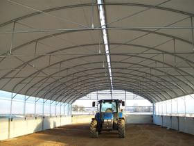 Tunnel pieds droits 12m Elevage